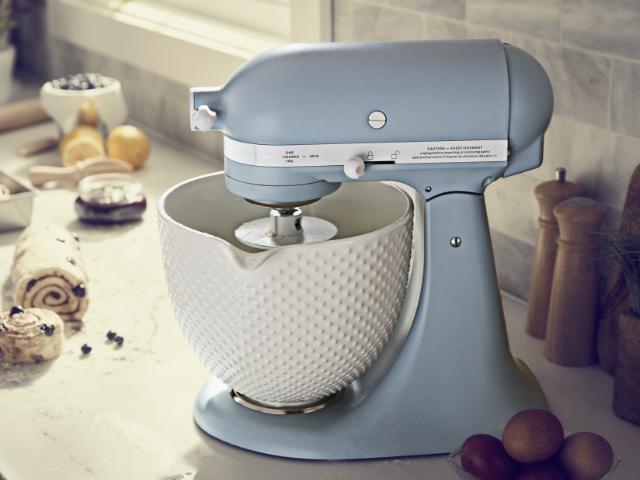 Kitchen Aid 100 J Sondermodell hellblau mit Keramikschüssel